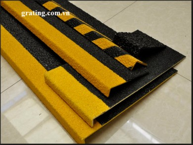 FRP STAIRTREAD WITH NOSING ANTI SLIP