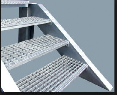 H.D.GALV. STEEL STAIR TREADS