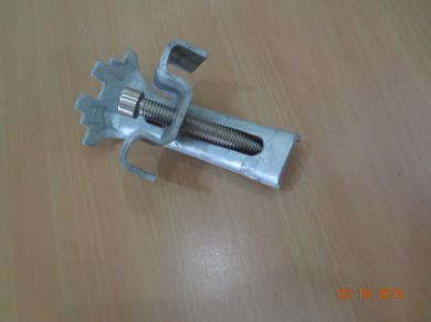 CLIPS FOR FRP GRATING